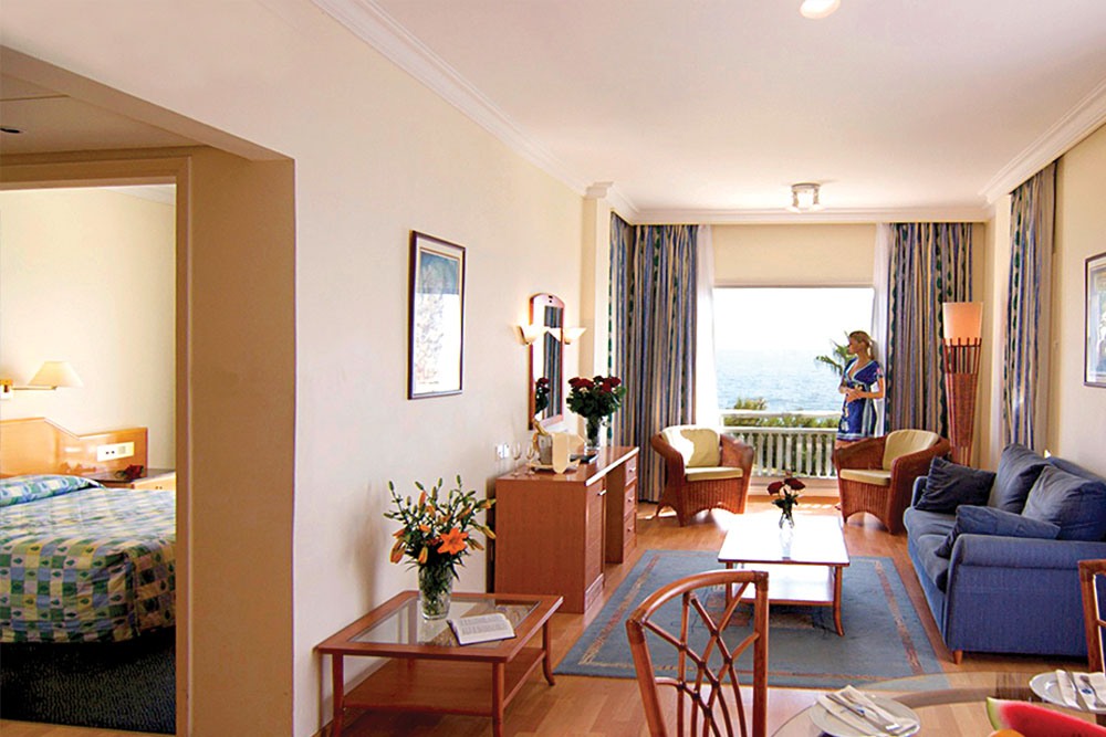Rooms Suites Cynthiana Beach Hotel